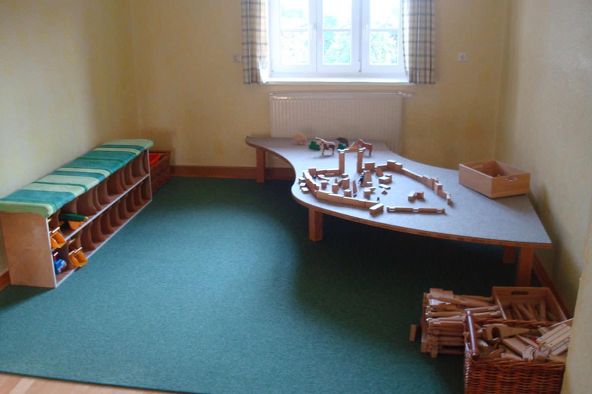 Das Bauzimmer bietet den Kindern die Möglichkeit ihrer kreativen Seite freien Lauf zu lassen